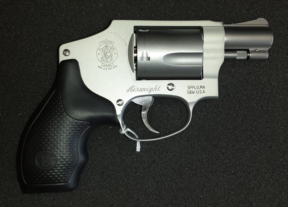 smith_and_wesson_642_1_38_special_hammerless