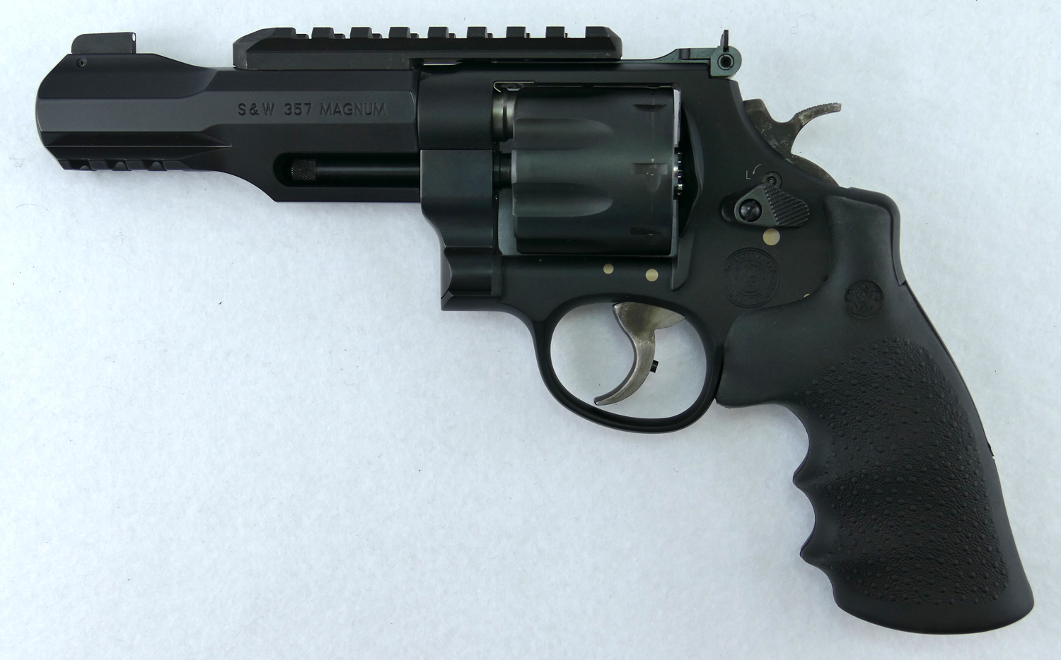 Pics photos smith and wesson revolvers