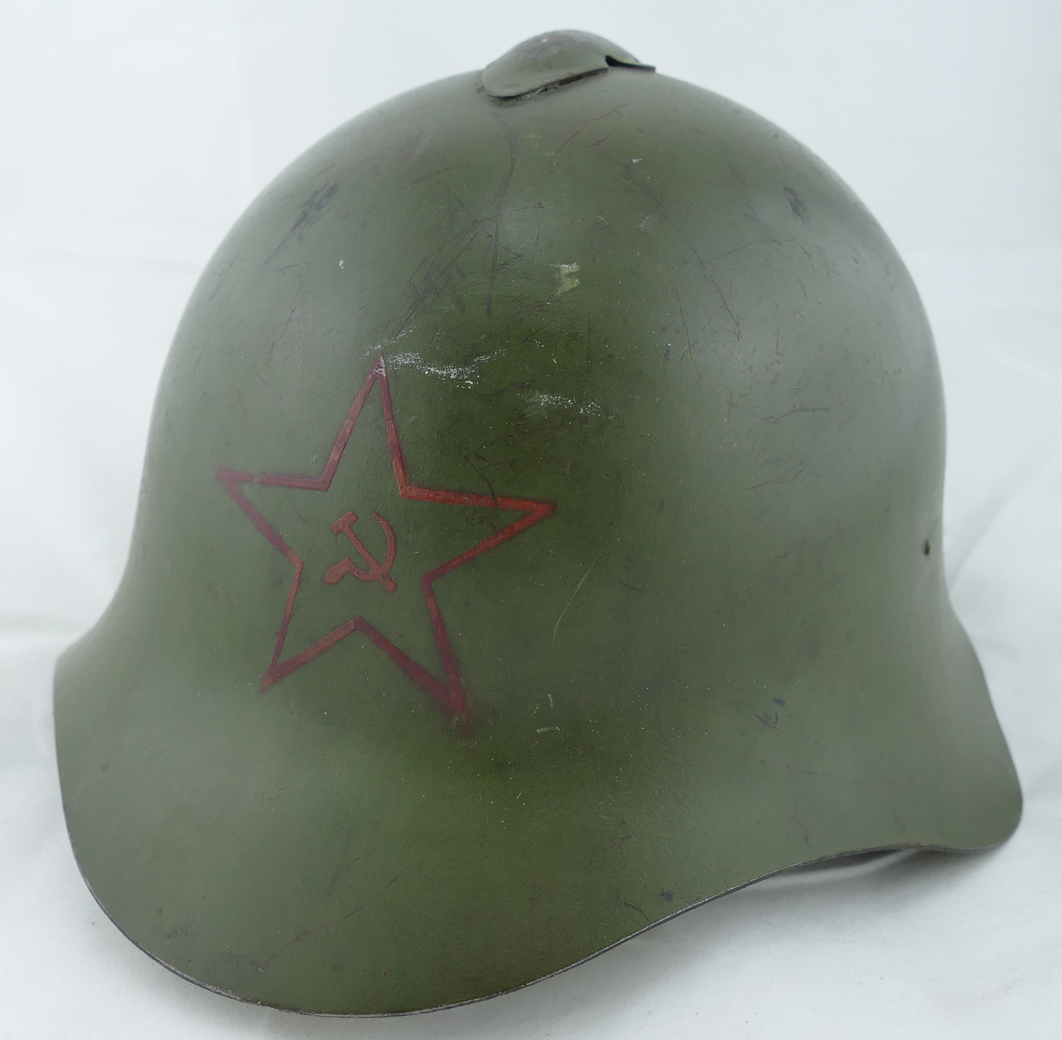 dating ww2 m1 helmets Early-wwii rayon hawley m1 helmet liner (restoration candidate) the liner retains non-painted aluminum rectangular washers and remnants of a first pattern rayon suspension and stationary leather liner strap, dating its production from mid-1941 to mid-1942.