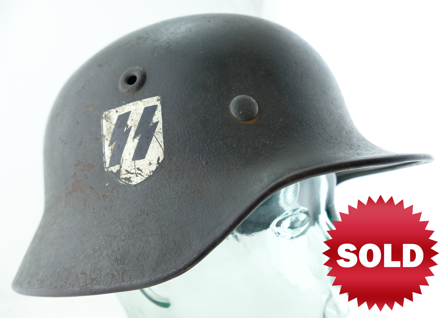 german_nazi_M1940_WWII_SS_double_decal_helmet