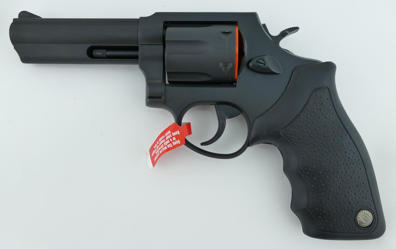taurus_m825_revolver