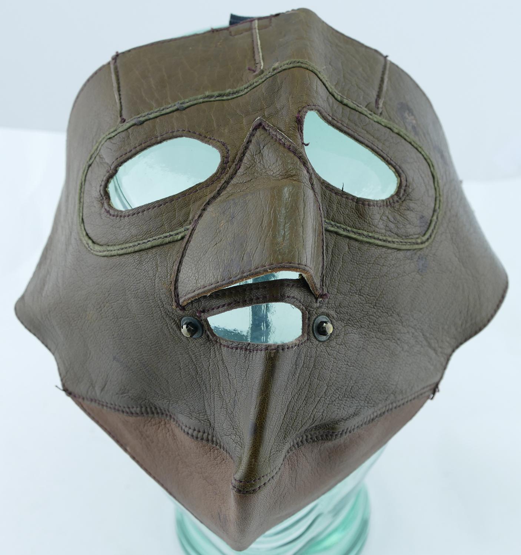 british_wwi_leather_flight_mask