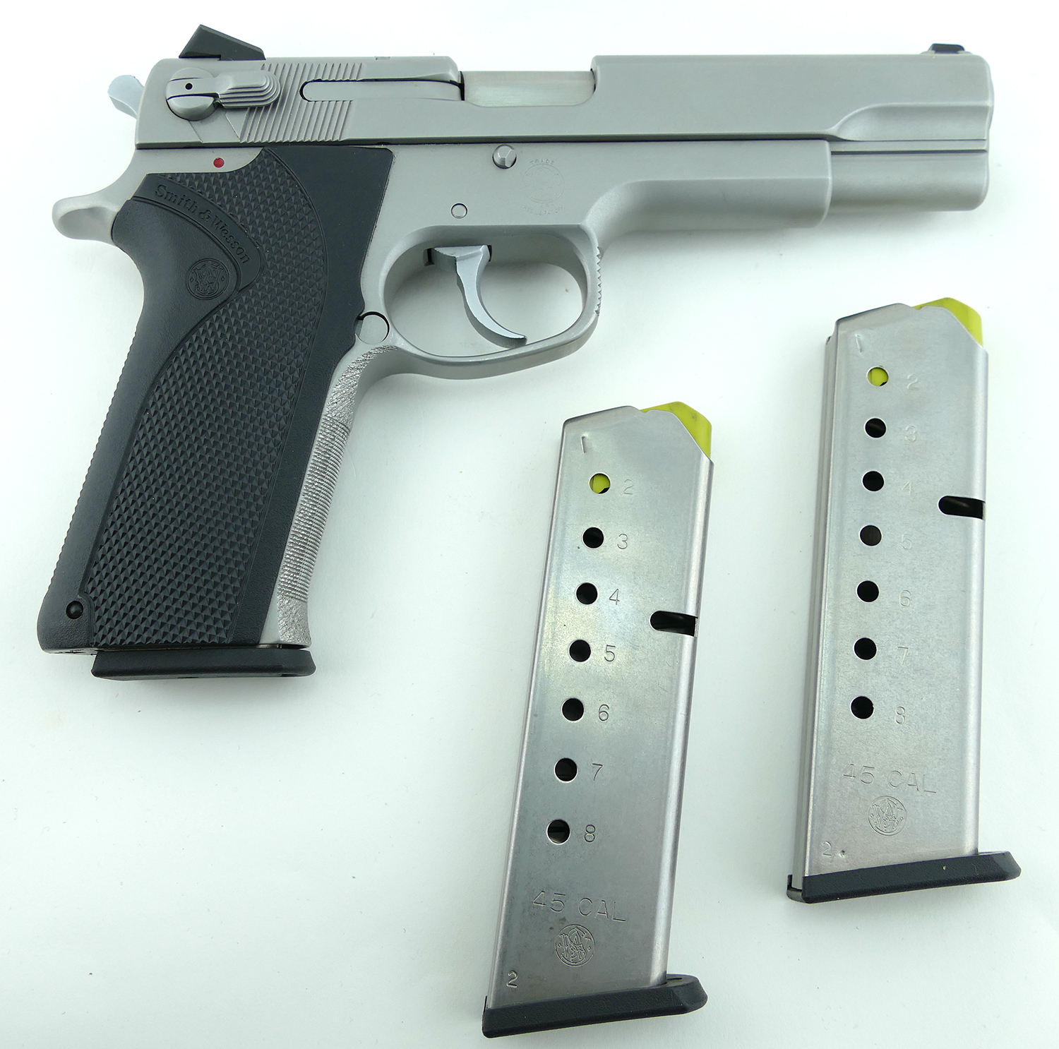 smith-and-wesson-4506-1-45-acp-pistol